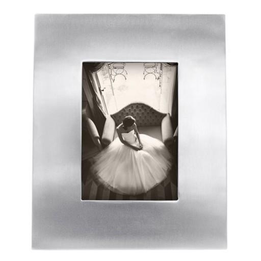 Mariposa Infinity Wide Border Frame - 5 x 7