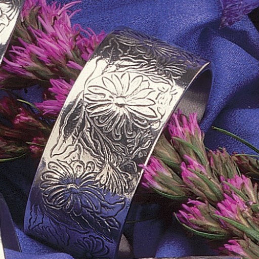 Salisbury Pewter Flower/Month Bracelet - April Daisy