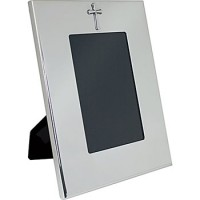 Salisbury Pewter Wide Border Vertical Frame w/Cross - 4 x 6