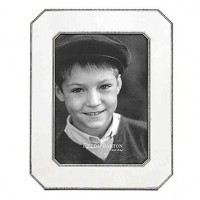 Reed & Barton Heritage Pewter Chamfered Edge Frame - 5 x 7